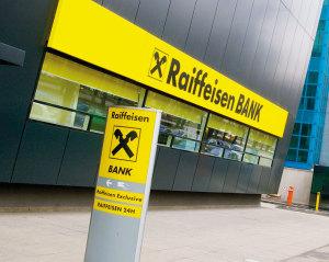 1303061712_Raiffeisen_bank_foto