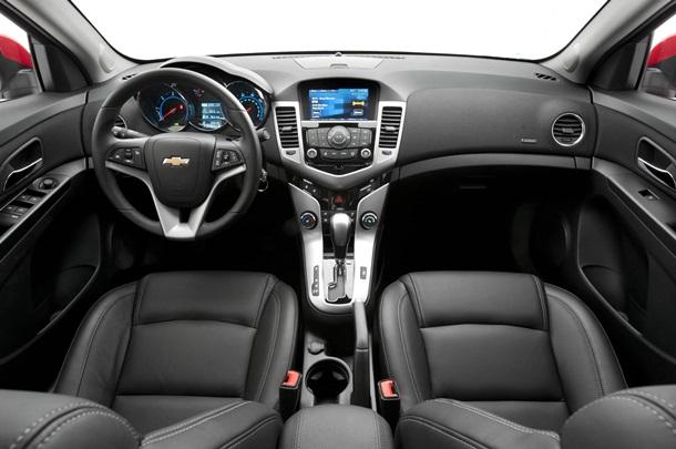 Chevrolet_kruze2