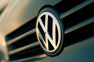 Volkswagen_Logo_by_ColdF